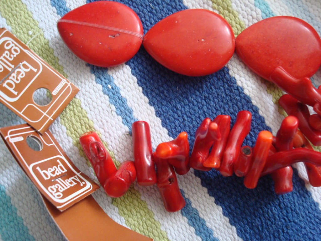 DIY coral necklace